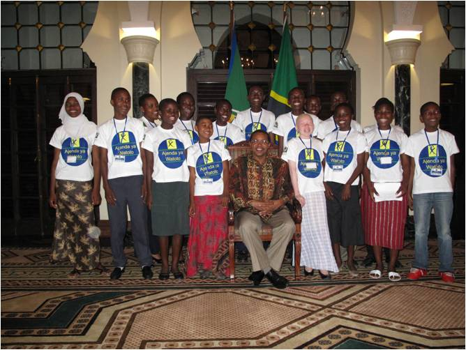Representatives of the Children's Council with President Jakaya Mrisho Kikwete after a meeting at the State House where they presented Children's Agenda for the General Elections in 2010.
